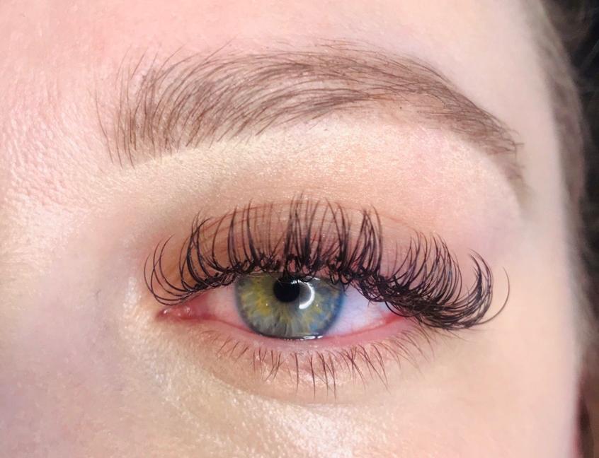 Eyelash Extension, volume eyelash extension, eyelash extension palm desert, eyelash extension palm springs